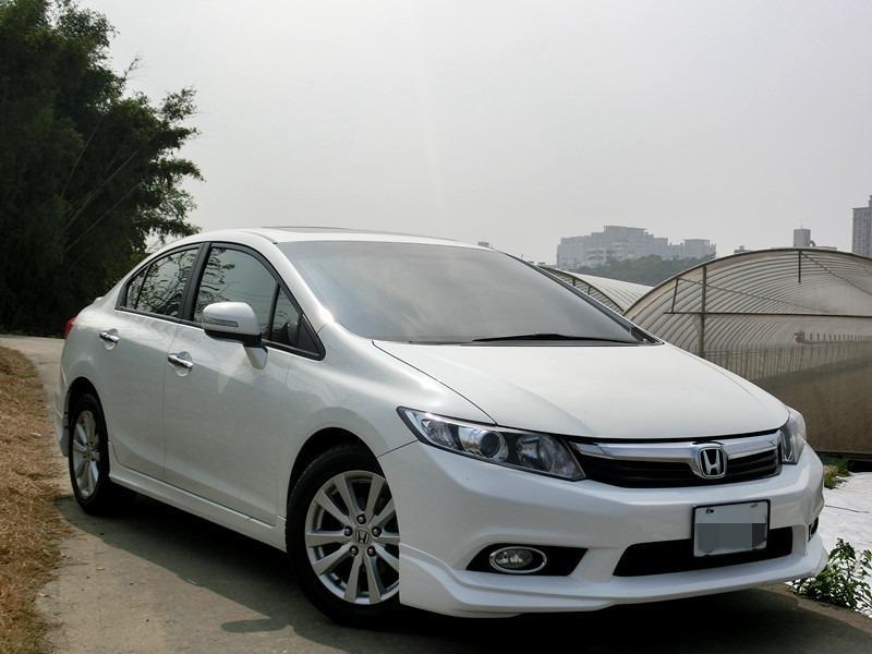 Fb搜尋🔍阿哲中古車買賣 粉絲專業 2012年HONDA 本田 CIVIC  k14 白1.8