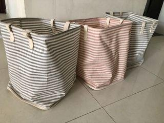 Relocation! Please collect today! 3 laundry baskets from IUIGA