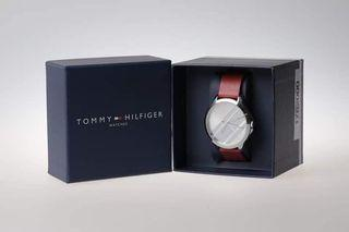 38mm Women's Red Leather Strap Watch