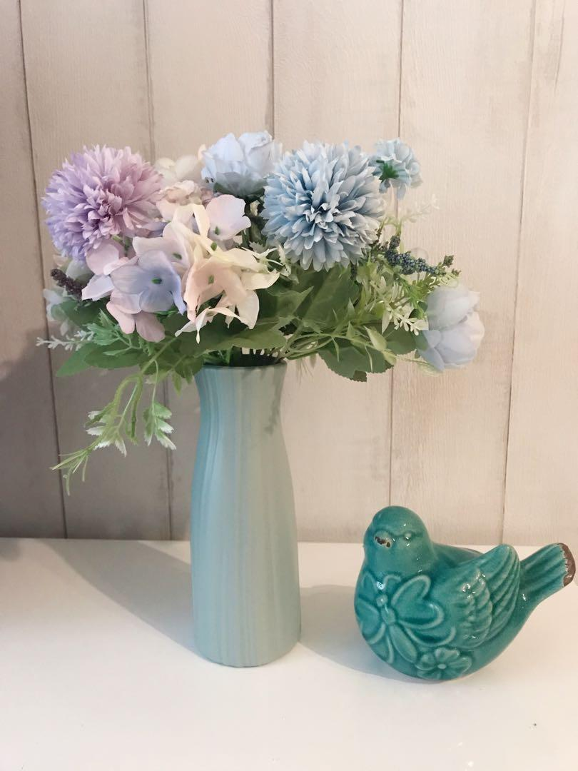 Flowers With Vase Artificial Flower Arrangements Flower Bouquet Gardening Flowers Bouquets On Carousell