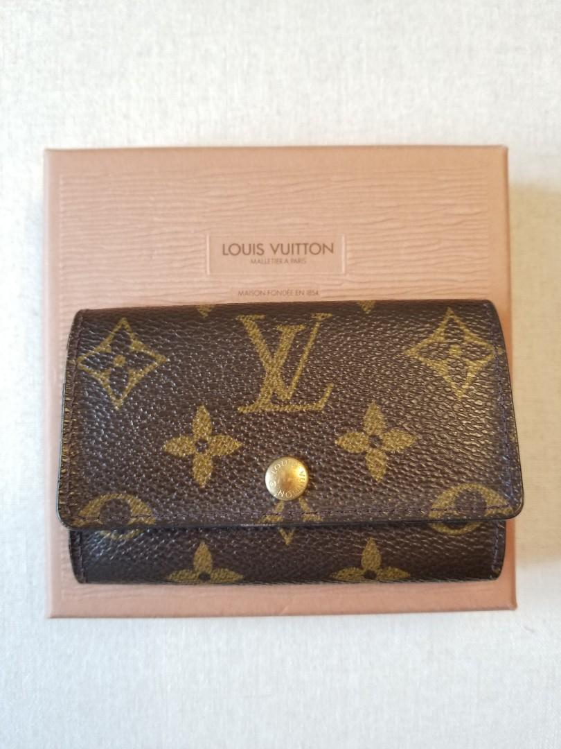 LOUIS VUITTON 6-Key Holder in Monogram Canvas