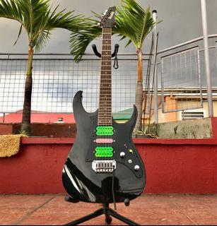 Electric Guitar: 2006 IBANEZ GIO Series GRG150 Super Strat type (17 way Selector Mod)