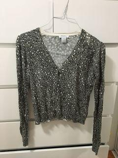Grey cheetah print sweater