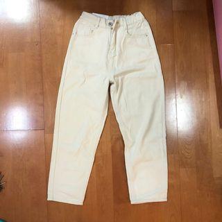 奶白色全新牛仔長褲