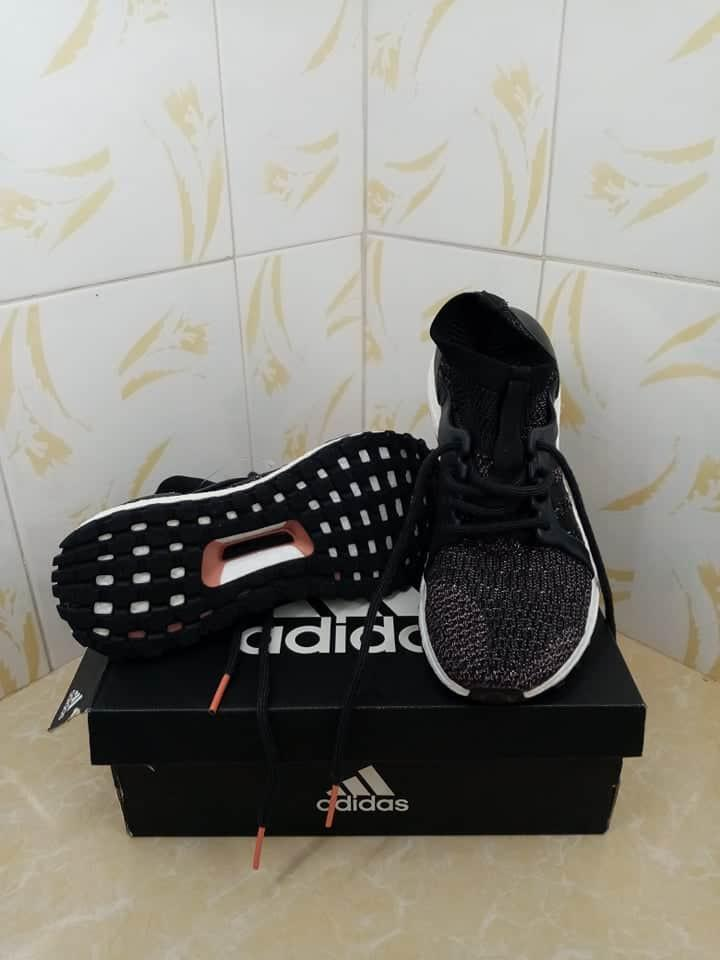 Adidas NMD Continental size 6.5 for