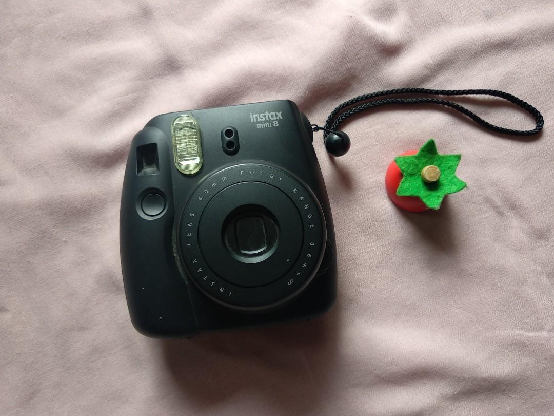 Preloved Fujifilm Instax Mini 8 Black