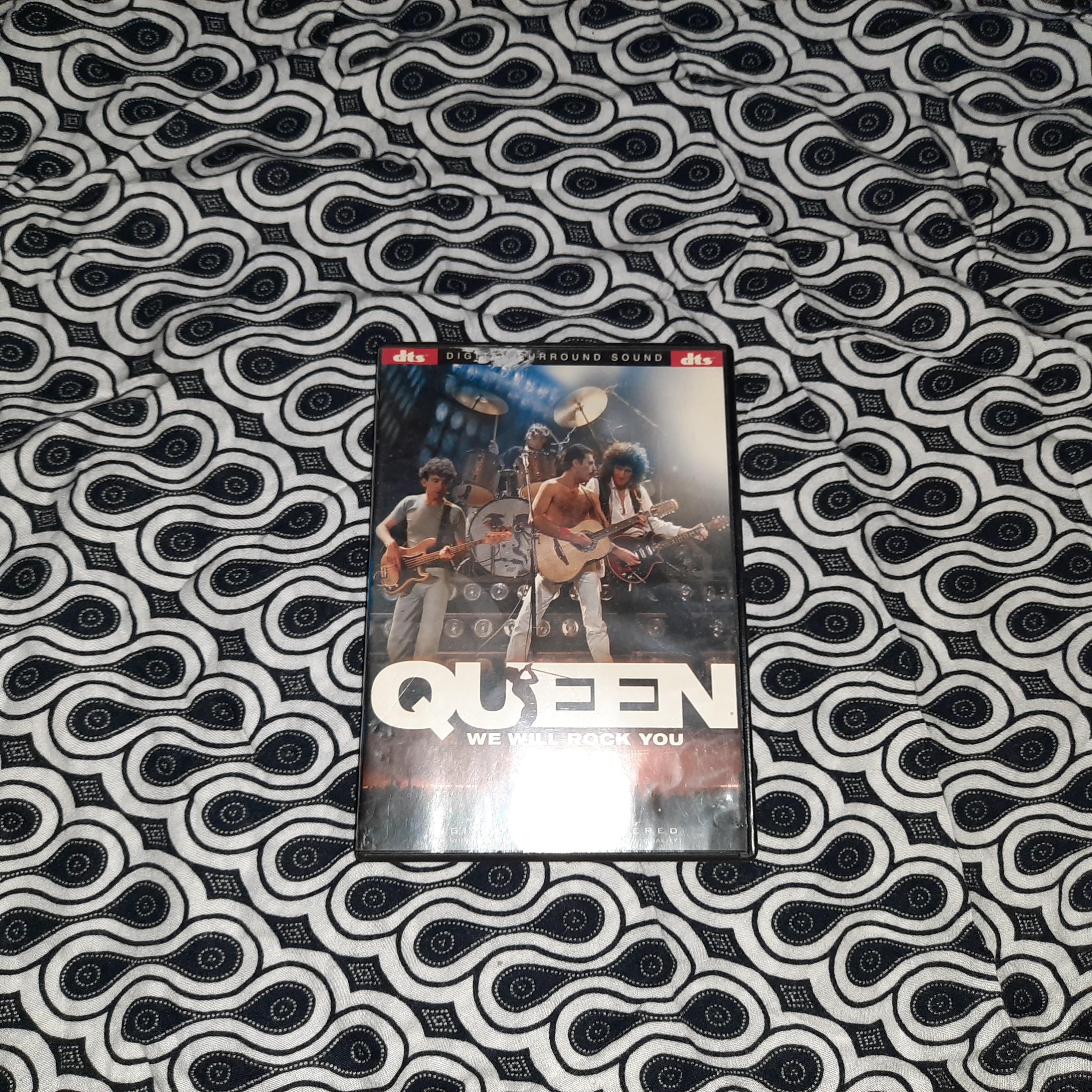 QUEEN We Will Rock You DVD