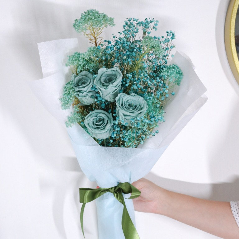 Preserved Forest Flowers In Green Flower Bouquet Gardening Flowers Bouquets On Carousell