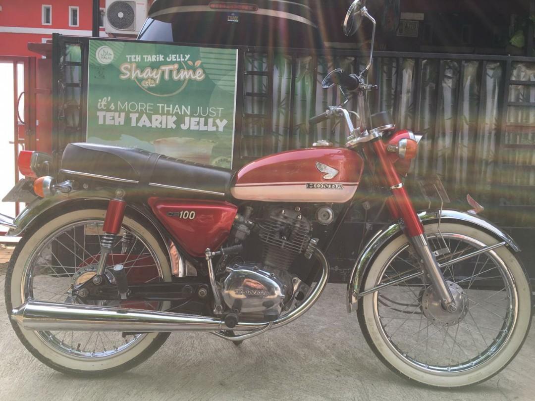 Honda cb100 thn 1971