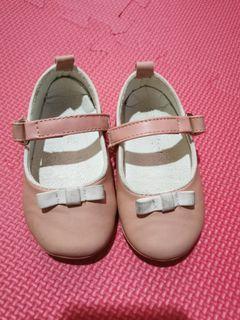 Meet my feet shoes