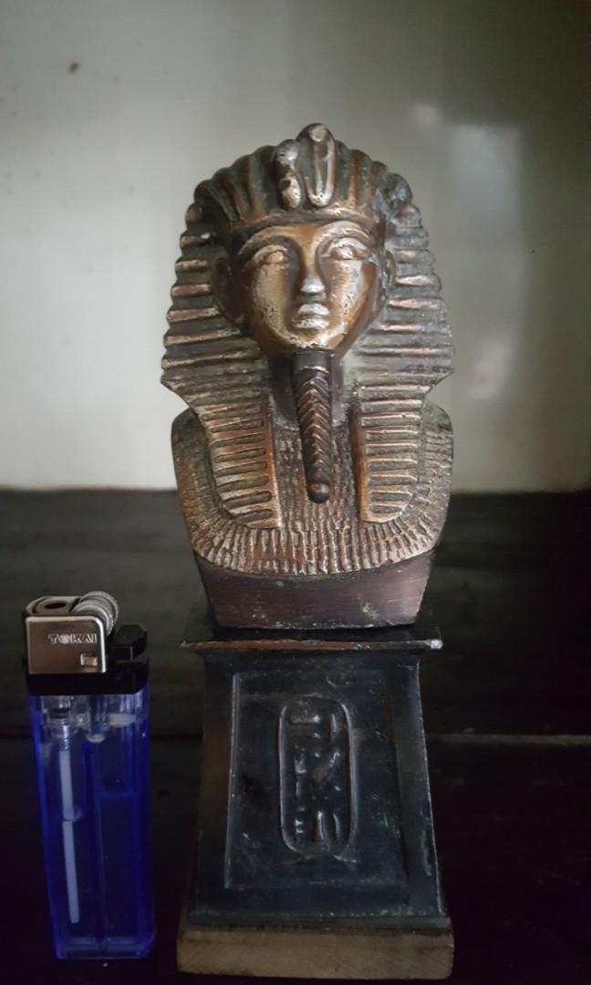 Pajangan antik patung sphink