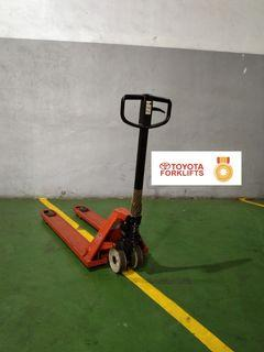 CERTIFIED USED (GOLD) Toyota BT Lifter 2300 kg 2.3 tons LHM230 Hand Pallet Truck