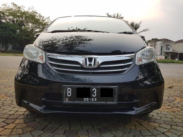 Honda Freed S AT 2013,MPV Keluarga Yang Inovatif