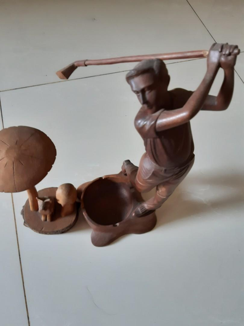 Jual patung kayu usia 20 thn