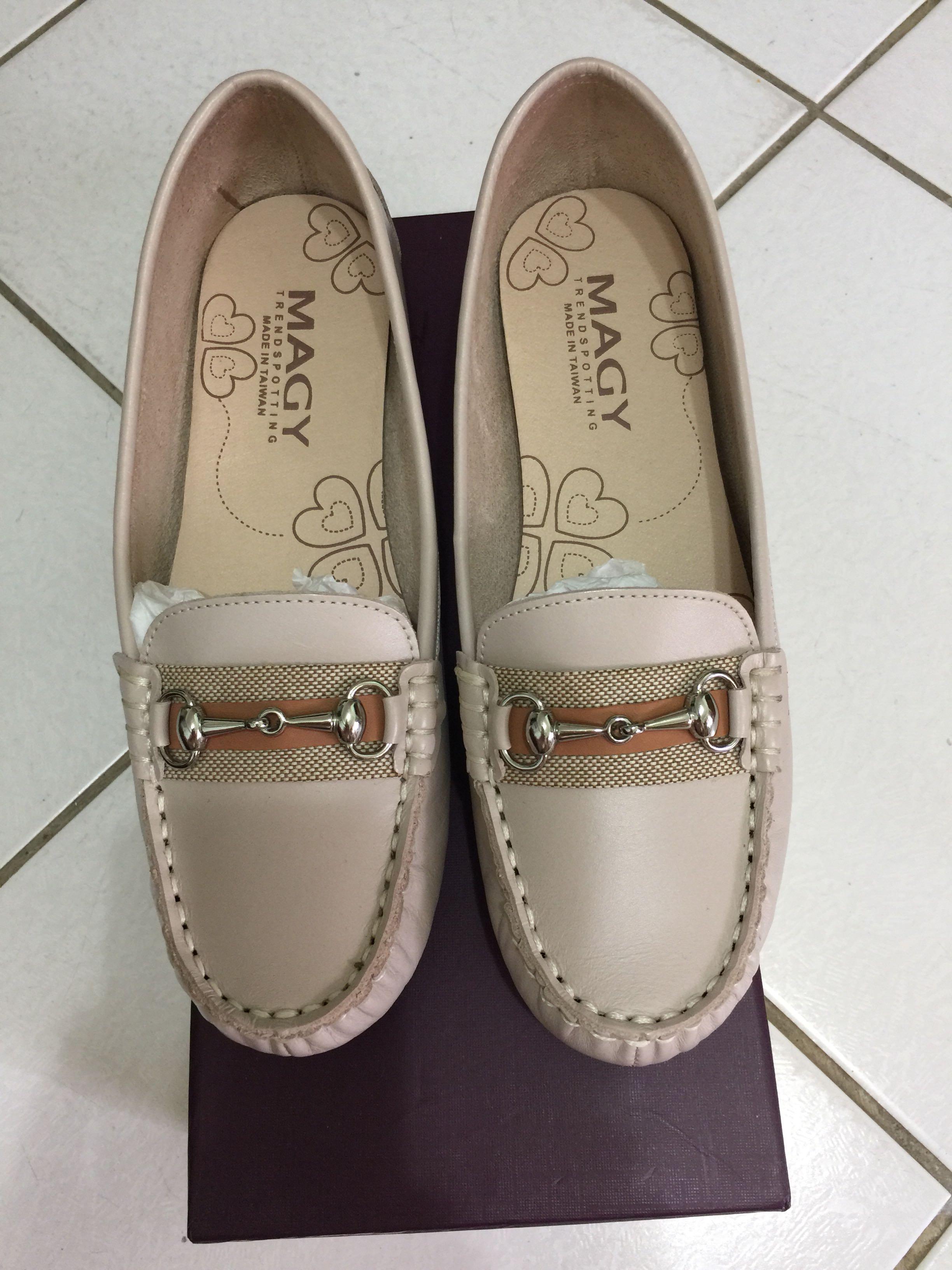 MAGY瑪格麗特 真皮樂福鞋(9成新)