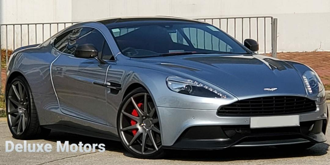 Aston Martin Vanquish 5.9 Coupe (A)