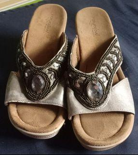 Comfort soul sandals ( need funds for bunso's tablet for online class )
