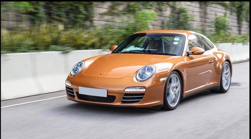 Porsche 911 3.4 Carrera 4 Coupe (A)