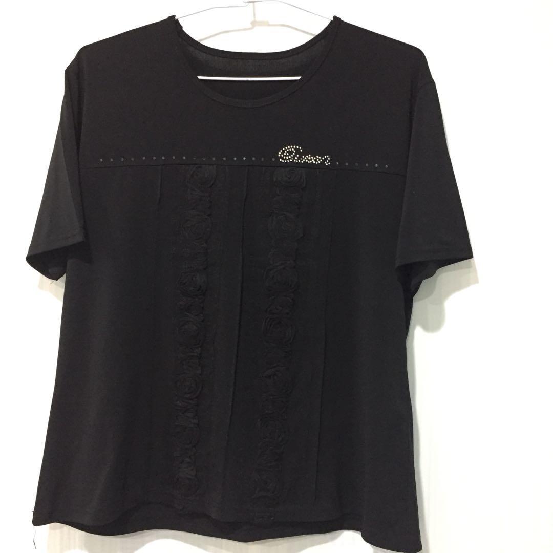 733#newlife黑色貼鑽玫瑰花上衣