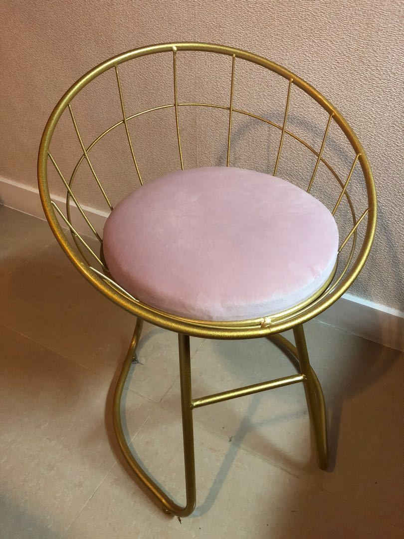 Gold And Pink Vanity Chair Home Furniture Furniture Fixtures Tables Chairs On Carousell