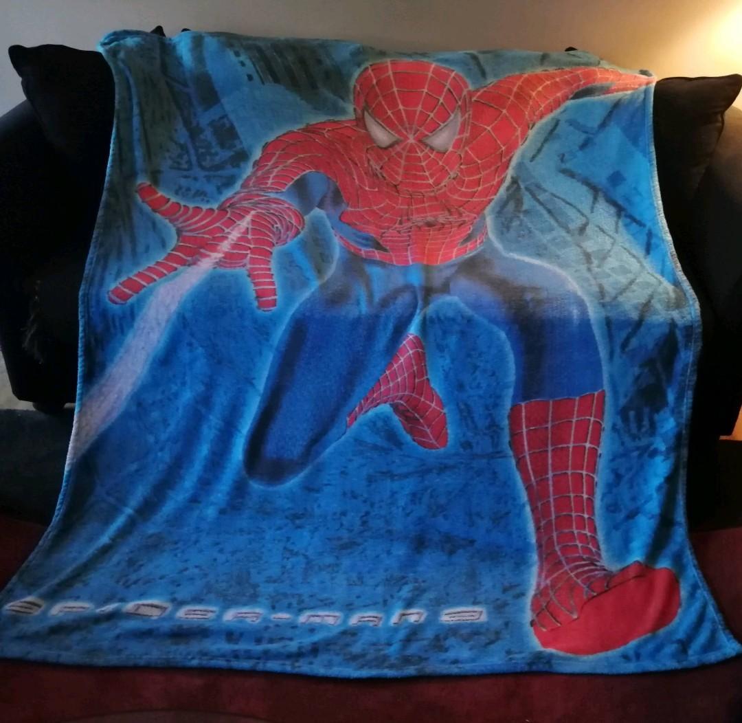 Huge Spiderman blanket