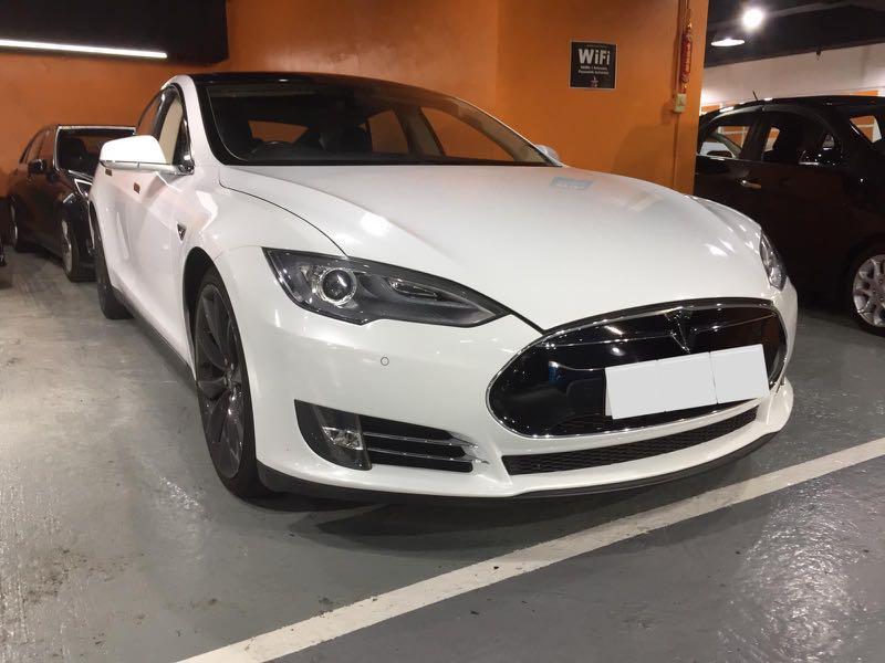 Tesla Model S 85 Auto