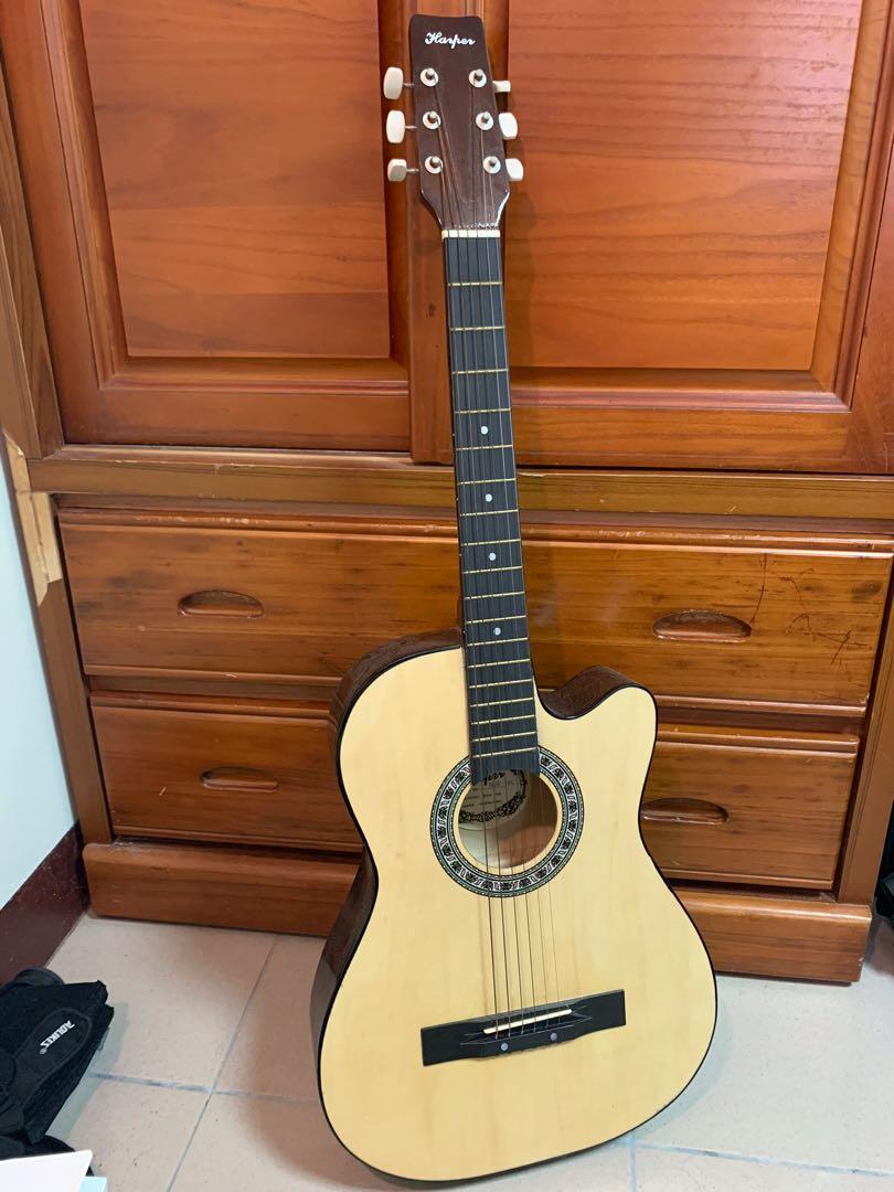 搬家出清!吉他超平價賣出!