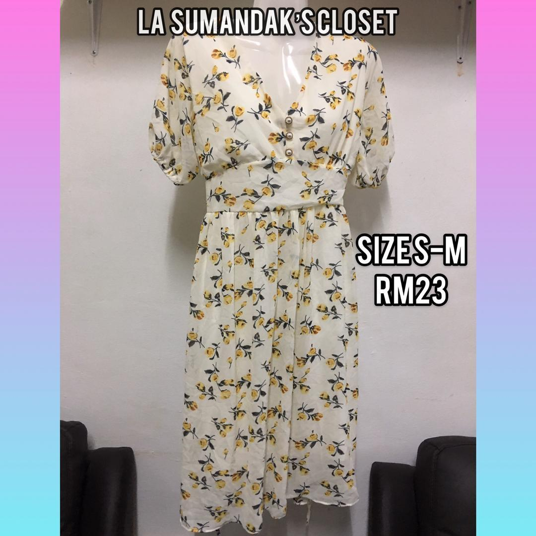 Floral Dress Women S Fashion Clothes Dresses On Carousell