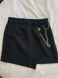 FOREVER 21 chain skirt size small