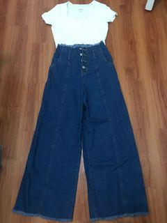 HW Jeans and Crop Top White