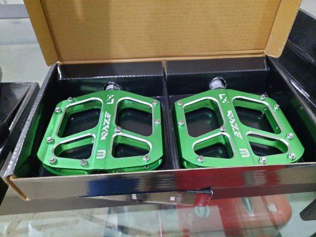 Pedal seped green