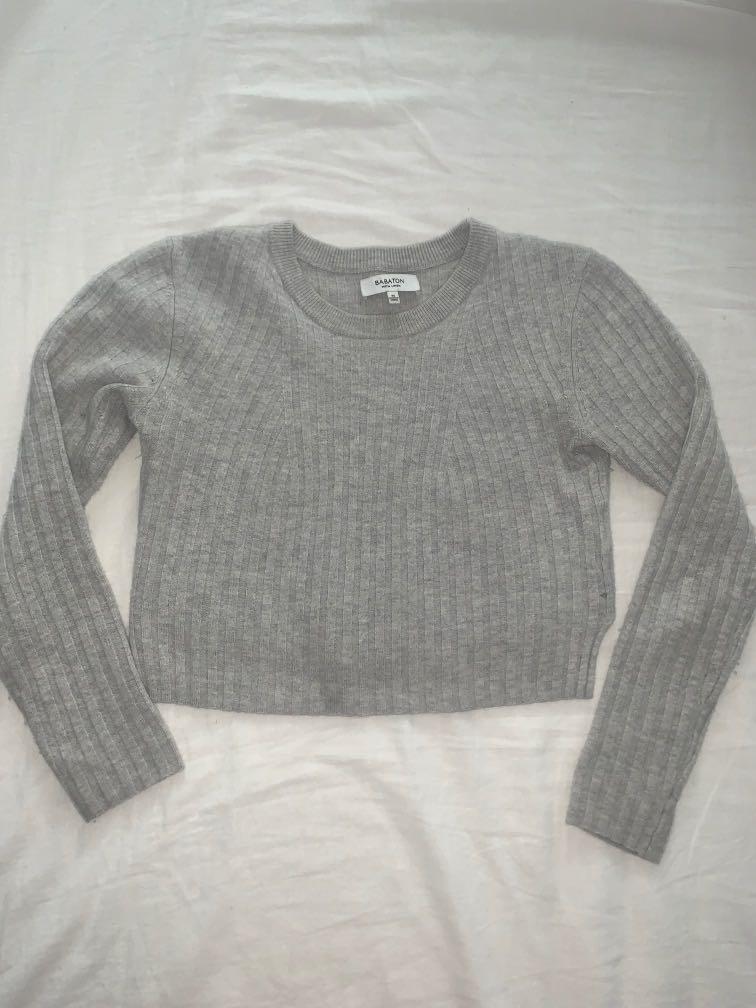 Aritzia Babaton crop sweater