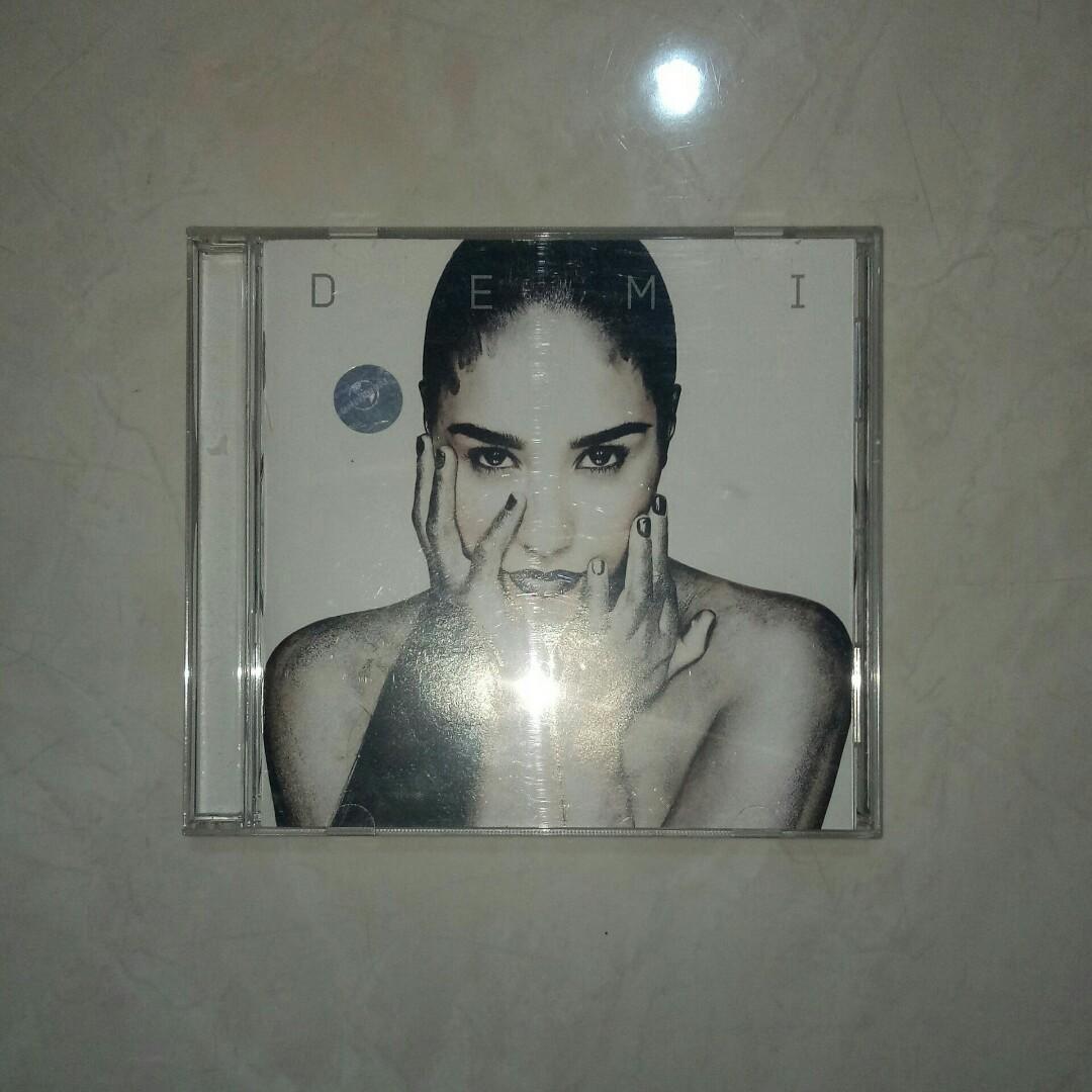 CD Demi - Demi Lovato