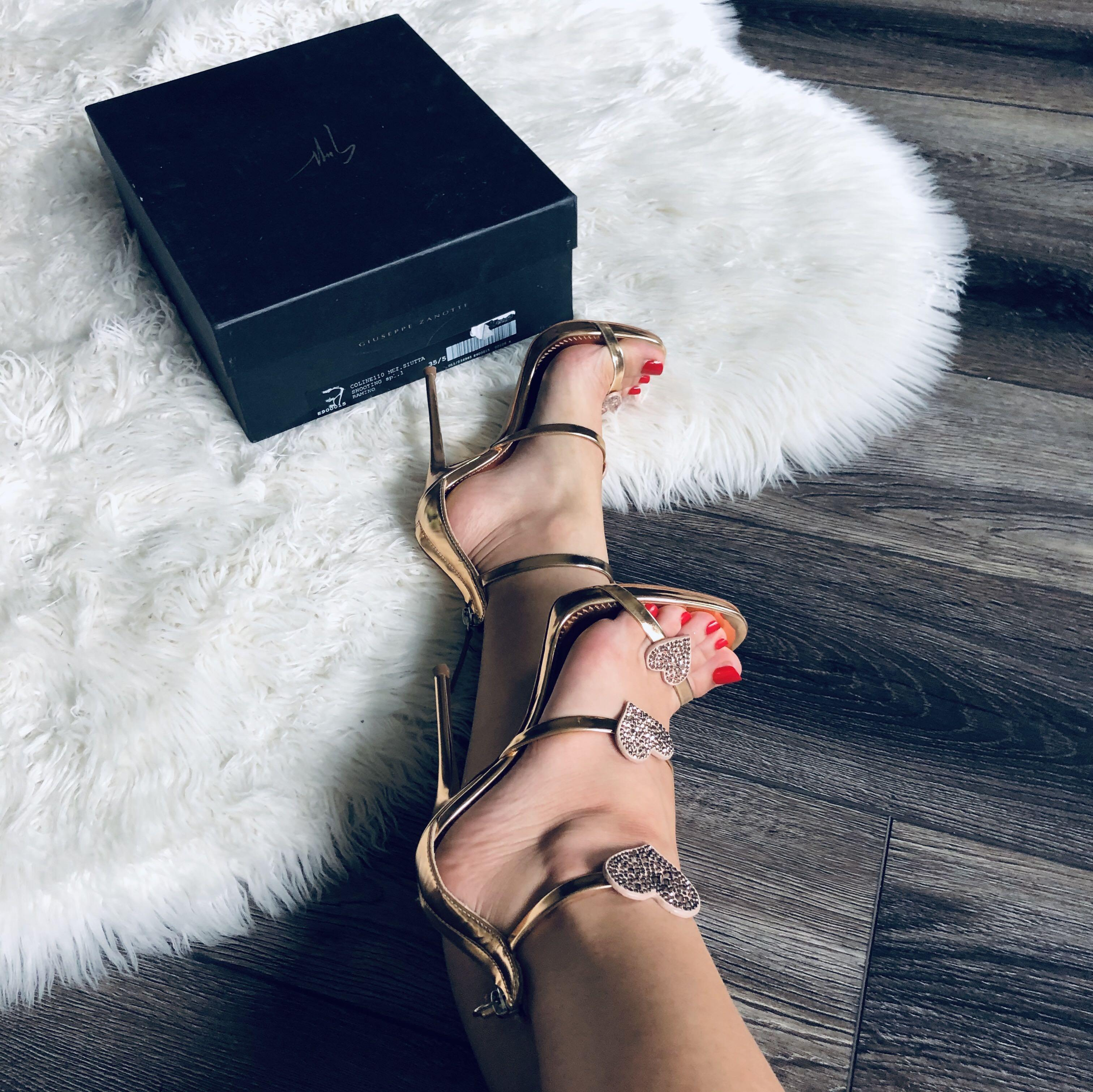 $1380 Giuseppe Zanotti sandals 35.5 / 5.5