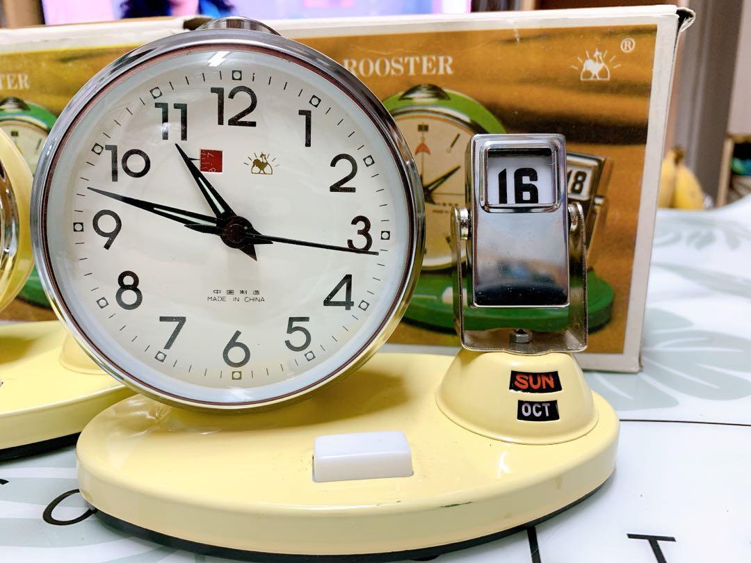 80~90年代產,金雞牌手動上鏈日曆鬧鐘,100%新,能正常使用
