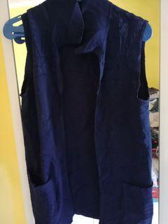 Cardigan biru navy