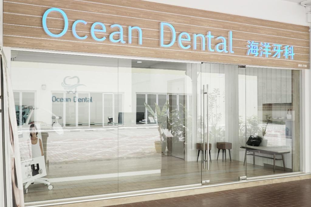 Dental Assistant + Receptionist