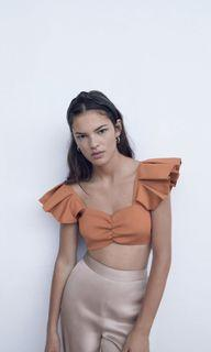BNWT Zara ruffled knit top