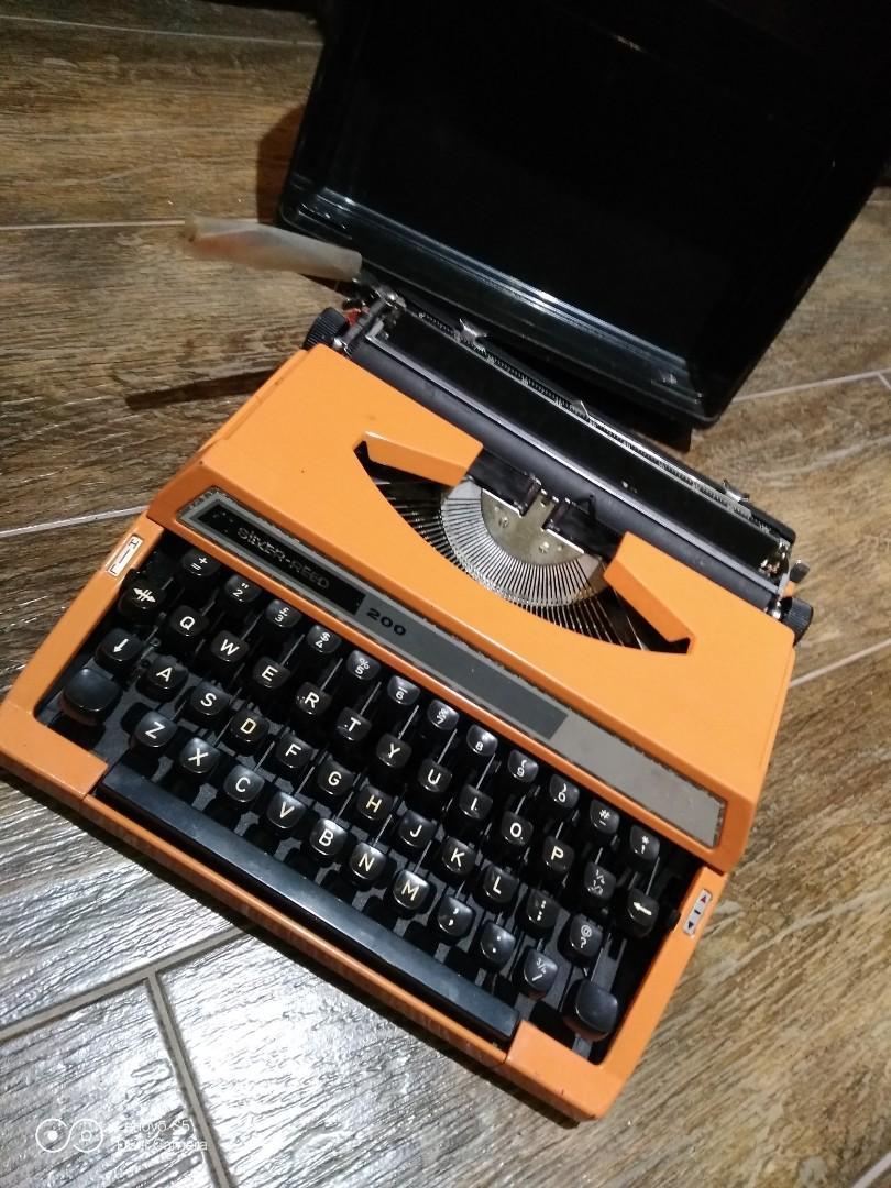 懷舊打字機日本製造、不確定可否、正常運作、不合完美者、