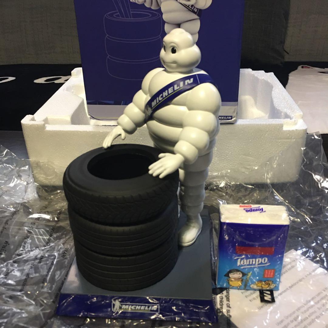 【全新】Michelin 米芝蓮人形筆座