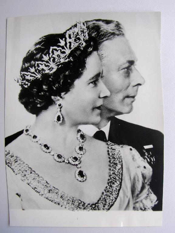 Great Britain - 1948年大英帝國英皇佐治六世(King George VI)及伊莉莎伯皇后(Queen Elizabeth)銀婚(Silver Wedding)照片(報社存檔照,保真)