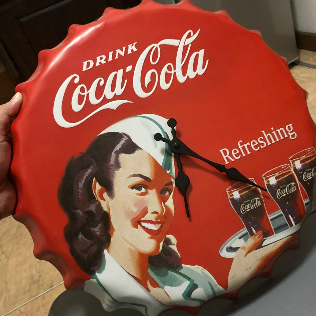 Jam dinding coca cola