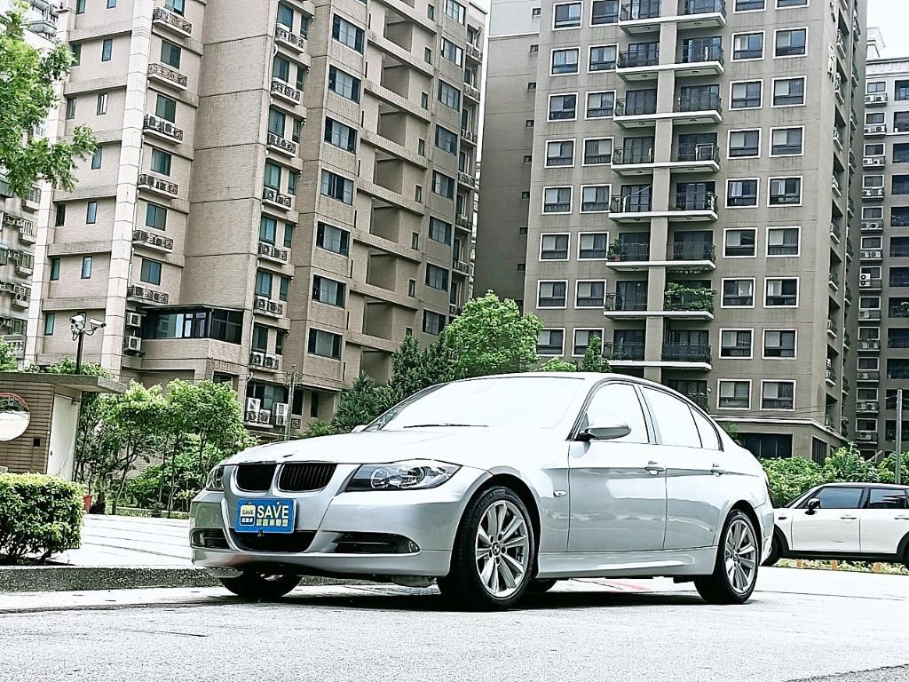 一手車 剛保養好 全車耗材都已更換 工單都留存 以認證 2006年 BMW E90 320I