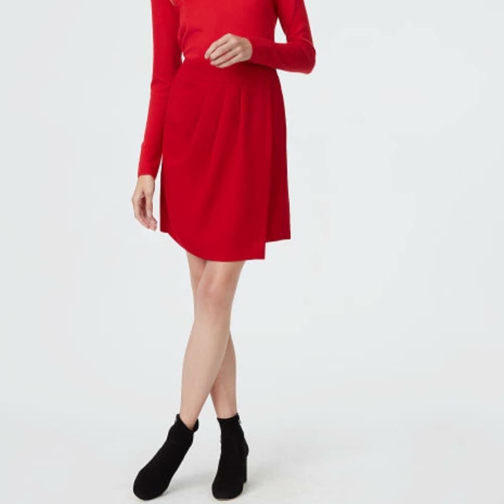 NWT Club Monaco Benellie Skirt Gypsy Red Size 0