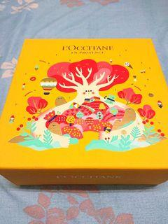 LOCCITANE 歐舒丹 盒子可當收納盒