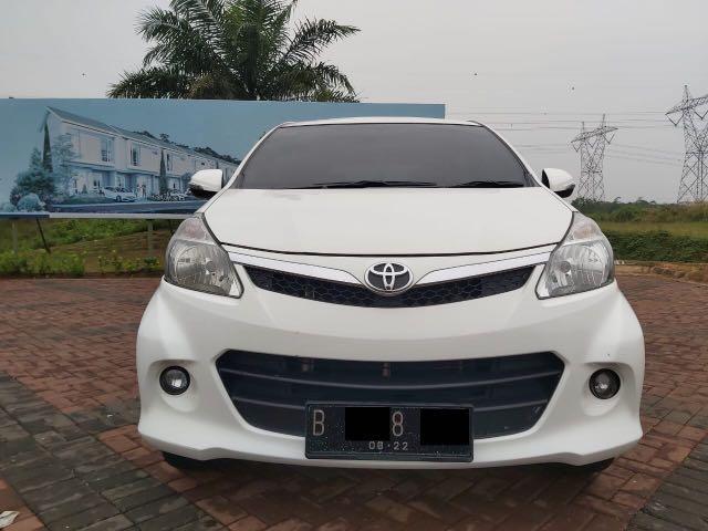 Toyota Avanza Veloz 1.5 AT,Bebas Capek Di Dalam Kemacetan