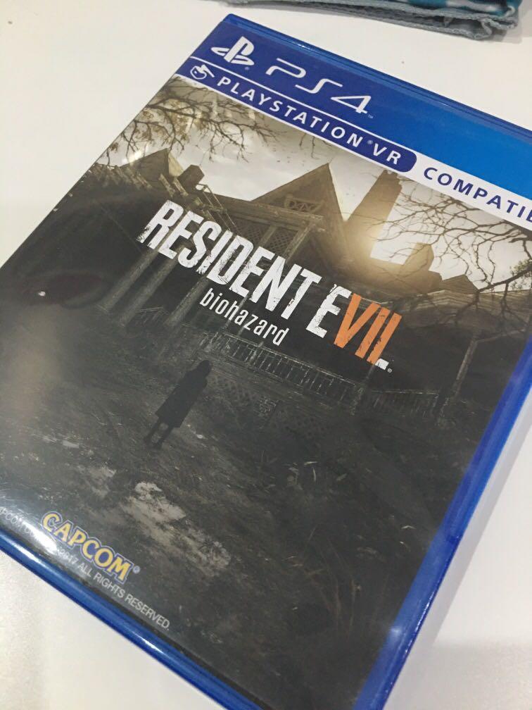 Kaset PS4 Resident Evil Biohazard