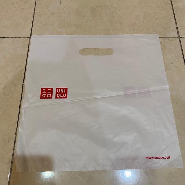 plastik paper bag uniqlo
