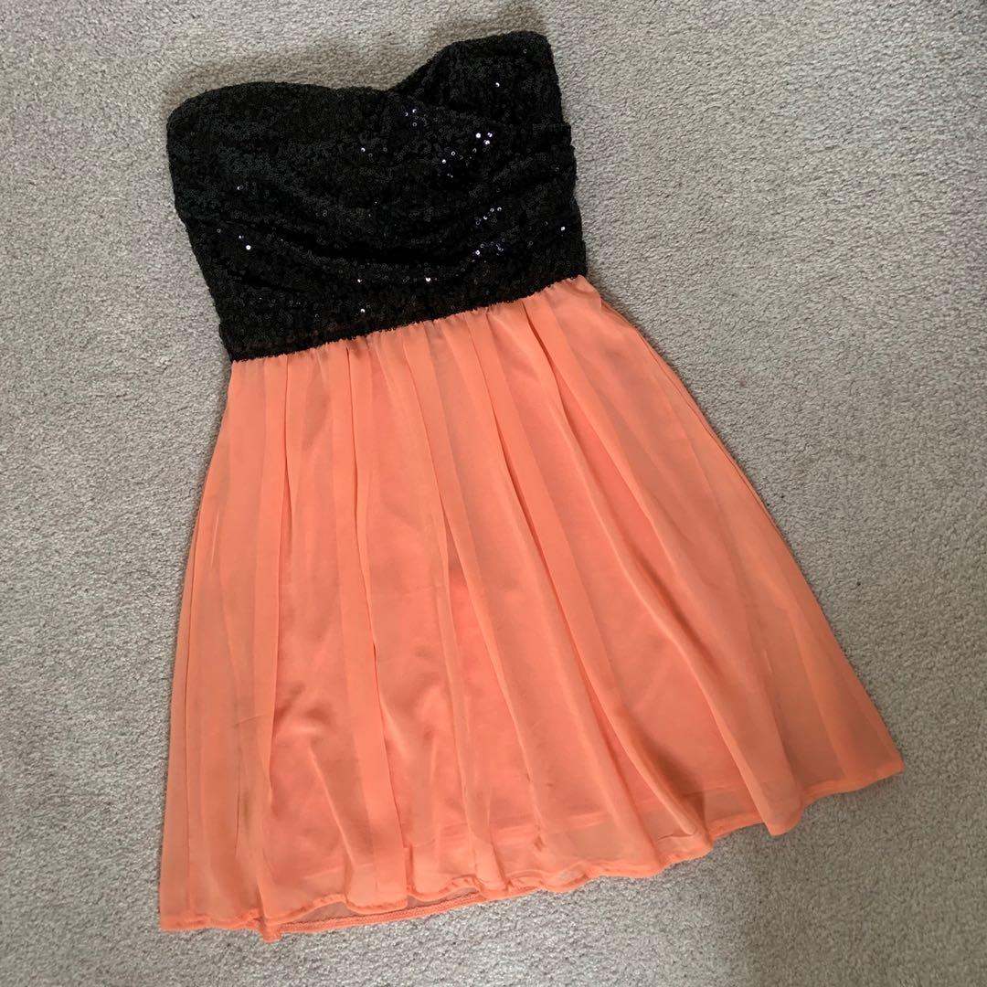 Sequins Strapless Mini Dress