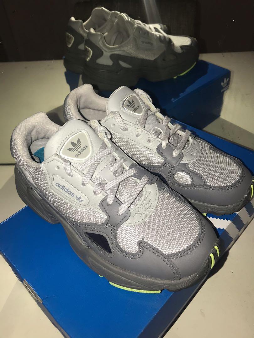 Adidas Falcon (women) size 5, Men's